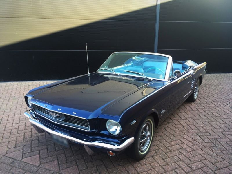 3792743  FORD Mustang Cabrio